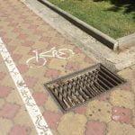 Tudi tukaj se lahko kolesarji poškodujejo.